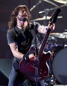 Dave Grohl - gitár