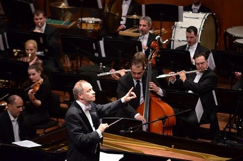 Miskolci Szimfonikus Zenekar, vezényel Kovács László