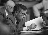 Horn Gyula a parlament üléstermében (1989. május11.; Fotó: Szalay Zoltán)