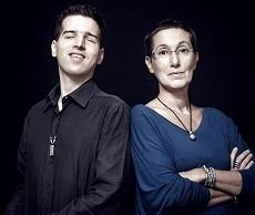 A két szerző: Sándor Erzsi és Juhász Tomi (Fotó: Dömölky Dániel)
