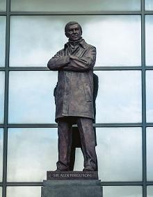 Alex Ferguson – a MU stadion előtti szobor