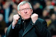 Sir Alex Ferguson (a pálya szélén)