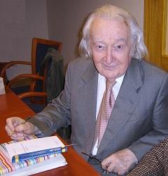 Szathmári István professzor