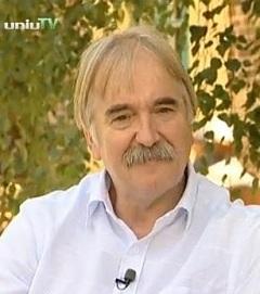 Dr. Lakner Tamás