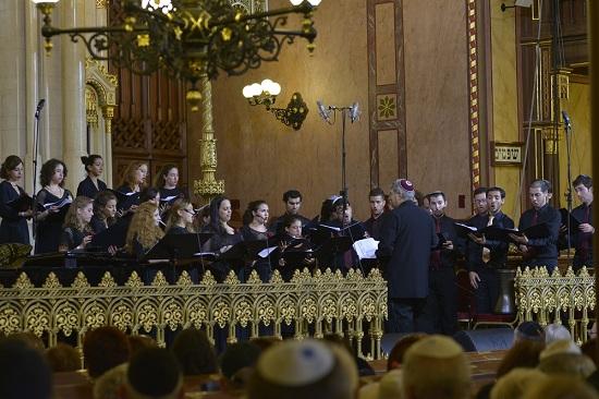 A Jeruzsálemi Akadémia Kamarakórusa, vezényel: Stanley Sperber (VT)