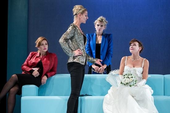 Esküvői hajótörés (Ónodi Eszter, Rezes Judit, Borbély Alexandra, Fullajtár Andrea)