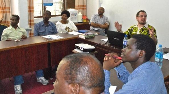 Előadás a Dar es-Salaami Egyetemen PhD-hallgatóknak és kollégáknak (2016)