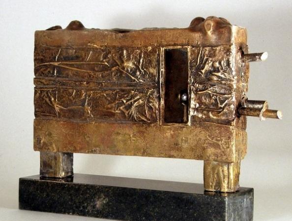 Ásatás, 2005 (bronz, acél)