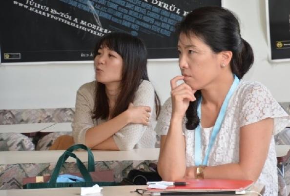 Távol-keleti hallgatók (MGy)